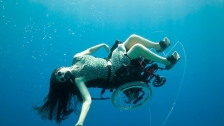 TED: Sue Austin: Deep sea diving … in a wheelchair - Sue Austin (2012)