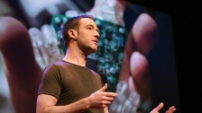TED: James Patten: The best computer interface? Maybe ... your hands - James Patten (2013)