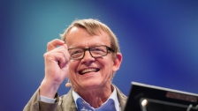 TED: Hans and Ola Rosling: How not to be ignorant about the world - Hans Rosling / Ola Rosling (2014)