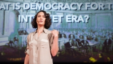 TED: Pia Mancini: How to upgrade democracy for the Internet era - Pia Mancini (2014)